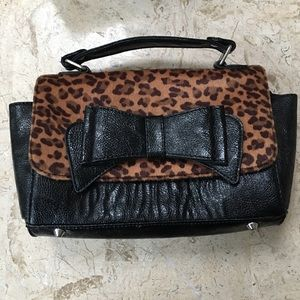 Black Faux Leather Bow Small Purse Call it Spring